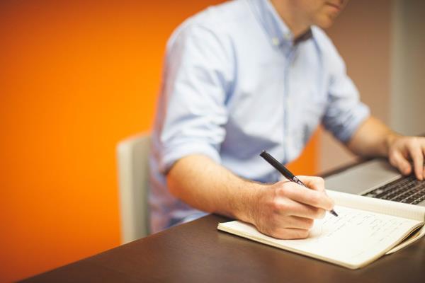 Równoważny czas pracy – czym jest?